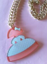 NEW TOPSHOP ACRYLIC TWO TONE PINK AND WHITE LONG MENINA DOLL NECKLACE