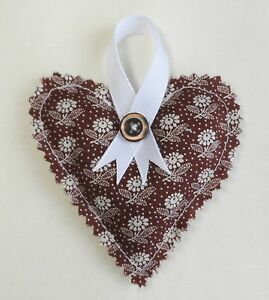 Handmade Lavender hanging heart. Floral cotton fabric. Wedding favours.