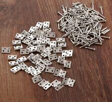 50x Mini Piccoli Gioielli D'Argento Tono CERNIERE scatole piccole Cerniera Craft + CHIODI B UK