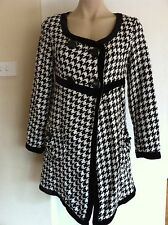 Ladies Black & White Houndstooth MAYUKI Coat Size M 12-14