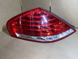 2008 BMW E63 Left Rear LED Tail Light 7177069 BMW M6 650I OEM  LCI 08-10