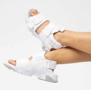 Women's Nike Canyon Sandal White & Grey Fog UK 4.5, 5.5, 6.5