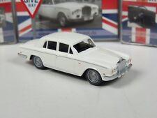 Wiking C&I Sondermodell Rolls Royce Silver Shadow mit Verkehrsschild UK Edition
