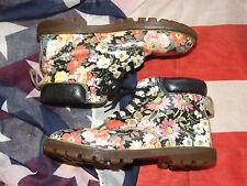 Girls rare vintage  meadow flower Dr Marten boots size 12   (Oct15)