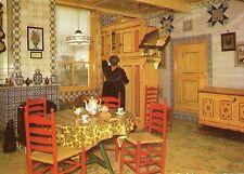 Alte Postkarte - Boerin bij Spinde (broodkast) in Staphorster kamer