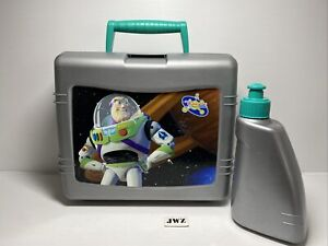 TRUDEAU - Toy Story Buzz Lightyear Plastic Handled Case Lunchbox - 🟢