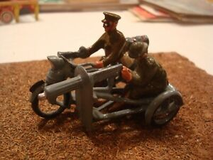 BRITAINS WW1 MOTORCYCLE AND SIDECAR TIN LEAD SOLDIER SET FIGURES 54MM 1/32