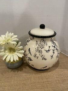 Decorative jar with lid Blk & White Bird/ Floral Pattern So Cute 9in Tall 8in W