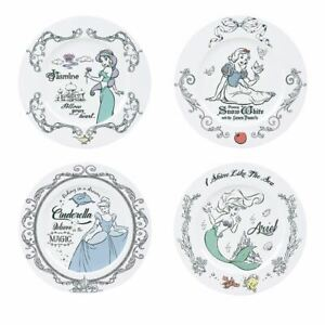 Disney Princesses 4 Piece Dinner Plate Set - Boxed Classic Cinderella