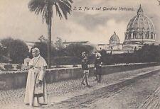 AK S.S.Pio X NEL GIARDINO VATICANO unused (G3970)