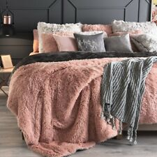 CORAL PINK BLANKET SHERPA SHAGGY WARM AND COZY KING XL COMFORTER 1 PC