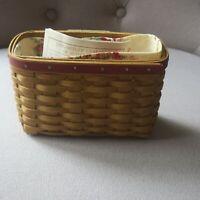 Longaberger Hostess Appreciation Basket, 2004 with floral liner