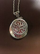 MOM Heart of Family Charm  Aromatherapy Essential Oil Diffuser Necklace Pendant