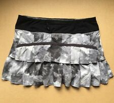 Lululemon Pacesetter Skirt 6 Tinted Canvas Black Gray White Clouds