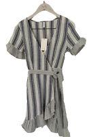 BNWT TIGERLILY LADIES KAPONO WRAP DRESS (BLUE STRIPE)SIZE 8 RRP $179.99 LAST ONE