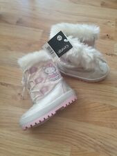 Hello Kitty Winter Boots Size 6 Infant