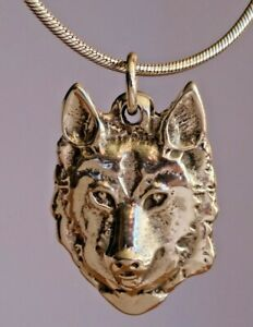"""Wonderful solid sterling silver wolf head pendant fob & 20"""" silver chain. 21.7g"""