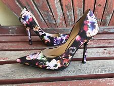 *bLaCk RAinBoW FloRaL EUC 8.5 GUESS Pointy Toe CARRIE Stilettos High Heels PUMPs