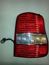 Kia Sedona 2003-05 Right RR RH Passenger Side QTR MTD OEM Brake Tail Lamp Light