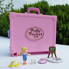 Mini Polly Pocket in Paris Koffer Staffelei Fahrstuhl 2 Hüte, Tasche Bluebird
