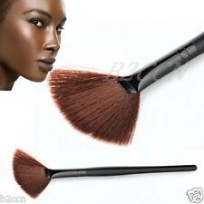 1PC Fashion Pro Makeup Fan Goat Hair Blush Face Powder Foundation Cosmetic Brush