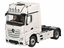 Original Mercedes Benz Truck Actros FH 25 1:18 white NZG with lighting 2017 SZM