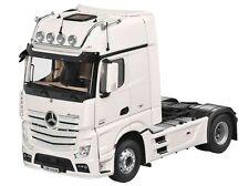Original Mercedes Truck Actros FH 25 1:18 white NZG with lighting 2017 SZM  BNIB