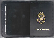 """Federal Reserve Police Officer's Family Member Wallet with Antique 1"""" Mini Badge"""
