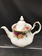 ROYAL ALBERT OLD COUNTRY ROSE Small Two Cup  TEA POT