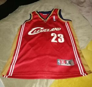 2003-04 Lebron James Jersey Red Champion Cleveland Cavaliers rookie Year RC
