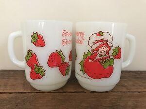 2 STRAWBERRY SHORTCAKE Fire King Anchor Hocking Vintage Retro Coffee Mugs Cups