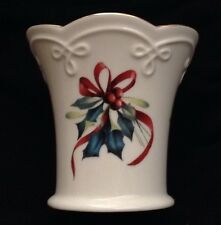 """Lenox WINTER GREETINGS Small Scallop Flared Vase Catherine McClung Holiday 3¼"""" H"""