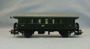 Märklin HO Scale 3291 3rd Class Carriage/ Passenger Car - Missing Pick Up