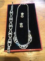 Stunning Vintage Clear Diamanté Set Necklace, Clip On Earrings & Bracelet