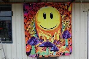 TIE DYE SMILE SMILEY FACE MUSHROOM HAVE A NICE TRIP QUEEN SIZE BLANKET