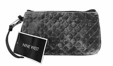 ** NINE WEST TABLE TREASURES GIFTING Grey Quilted Fabric Wristlet Msrp $30 *NWT*