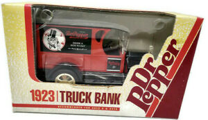 Ertl Dr.Pepper 1923 Die Cast Truck Bank 1:25 Scale ©1993
