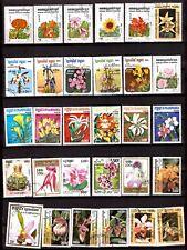 EP837 CAMBODGE,KAMPUCHEA 30 timbres : orchidée et fleurs diverses