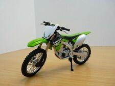 BENELLI TNT R160 Bburago Motorcycle Model 1 18 Boxed