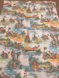 Vintage 1987 The Land Before Time Littlefoot and Friends Comforter Blanket