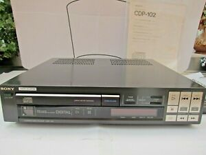 Vintage Sony CDP-102 CD Player. Original manual, remote and box! Japan 2nd gen.
