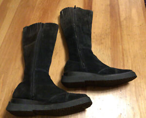 Frye Avenger Suede Boots Black Tall Women Zip Anthropologie Leather Casual 8