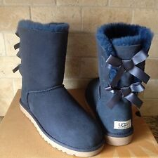 UGG SHORT BAILEY BOW NAVY BLUE SUEDE SHEEPSKIN BOOTS SIZE US 11 WOMENS NIB