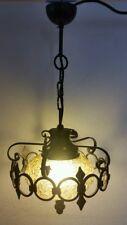 alte Lampe Hängelampe Deckenlampe aus Schmiedeeisen Eisenrahmen und Color  Glas