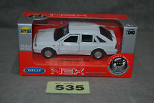 Poland Welly Polonez Caro Plus 1:34 Diecast Model In White Opening Doors Box New