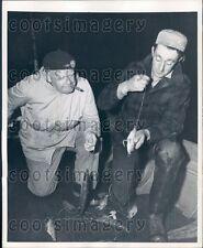 1948 Intl Tuna Tournament Fisherman Smoking Cigar & Baiting Hooks Press Photo