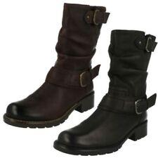 Calzado de mujer Botas de caña media Clarks