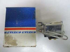 76-90 GM 69-72 Mercury Marquis A/C Fan Clutch Switch NORS A8047