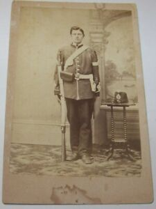 c1865 ANTIQUE CANADIAN NCO SOLDIER CDV PHOTO HOLDING RIFLE BRITISH