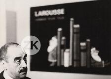 RAYMOND SAVIGNAC Affiche LAROUSSE Noël PUBLICITE Portrait Affichiste Photo 1965